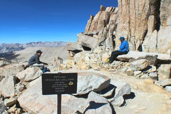 mt-whitney-trail-crest-2.jpg